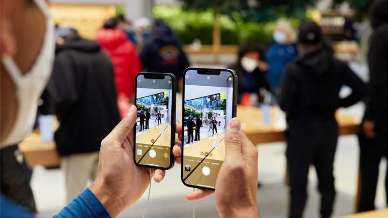 Apple'ни савдода ортда қолдирган компания номи маълум бўлди